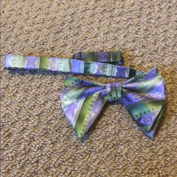 Other - Bow Tie